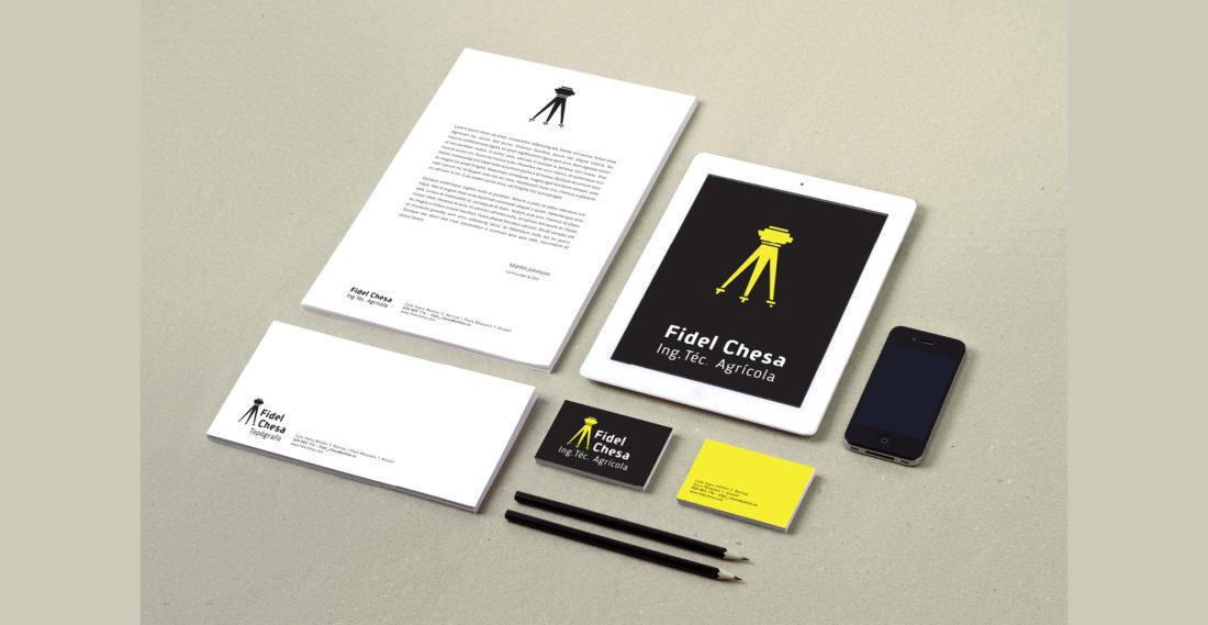 idel-chesa-topografo-topografia-ingeniero-agricola-tarjetas-visita-diseno-logotipo-papeleria-carpeta-Factoria-didees-idees